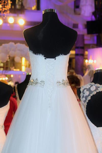 quel prix pour une robe de mari e pr t porter ou sur mesure. Black Bedroom Furniture Sets. Home Design Ideas