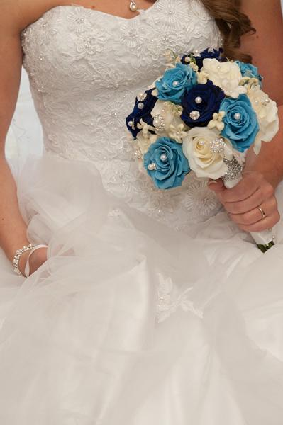 Mariée et accessoires ancien et prêté
