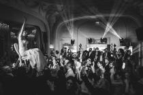 Orchestre mariage Paris Groove en prestation